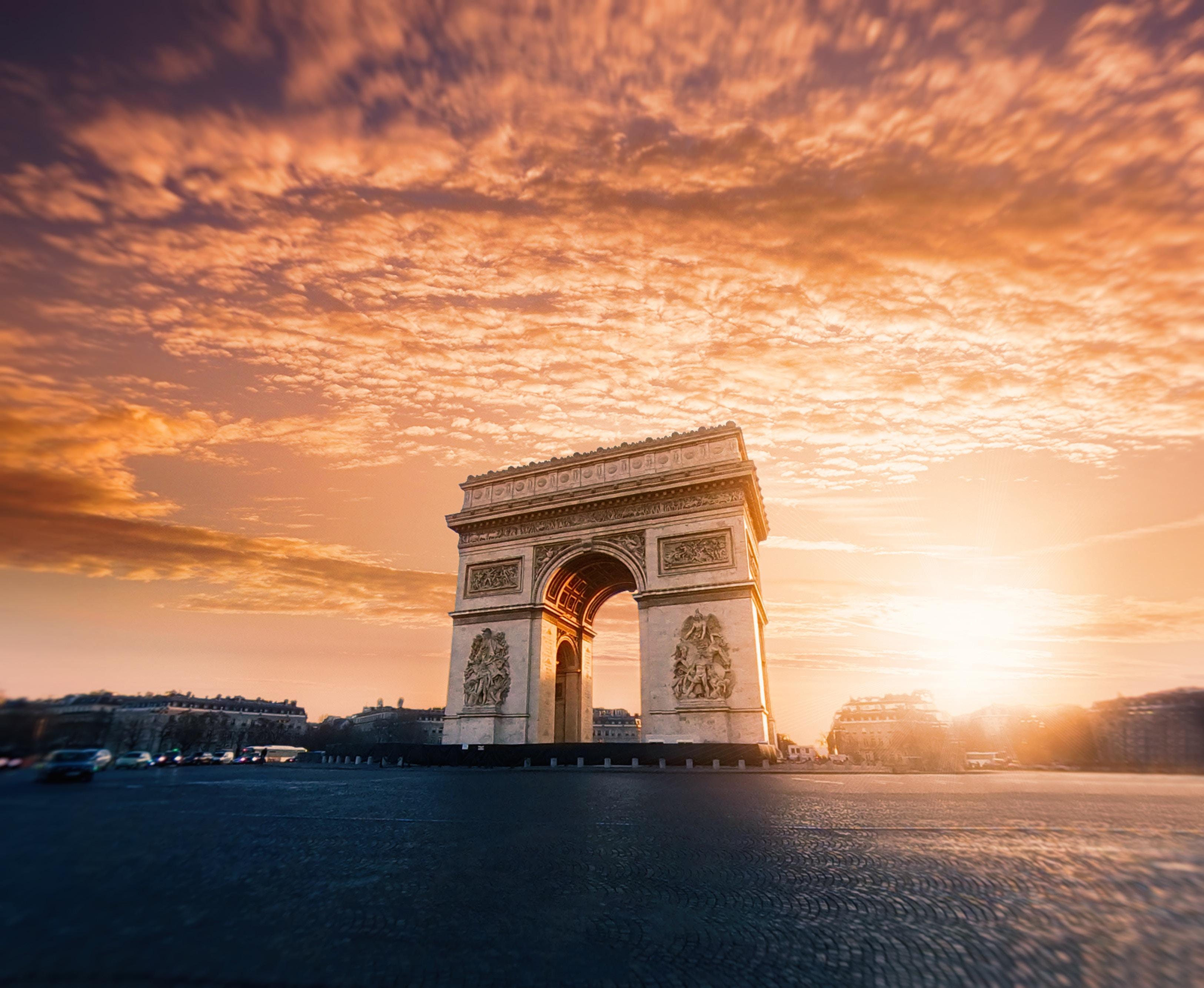 FRANCE: Gilets Jaunes: Bombe A Retardement Pour Emmanuel Macron?